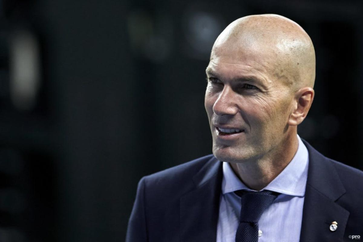"""MU tăm tia HLV """"vạn người mê"""", Ronaldo có thể không đạt danh hiệu Quả Bóng Vàng 2"""