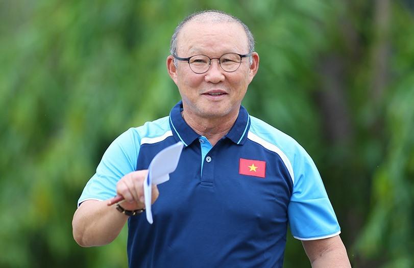 Tương lai thầy Park sau trận thua Oman, tuyển Việt Nam công bố lịch hội quân chính thức
